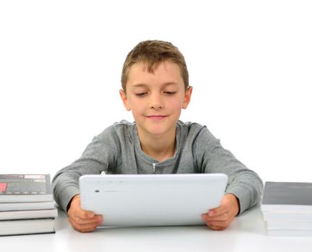 Facebook, Twitter и маленькие дети: когда и как начинать?