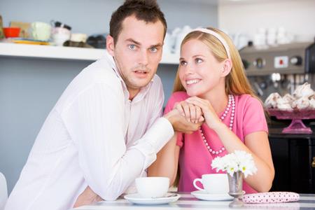 Как купить квартиру дешевле: предложите горячего чаю