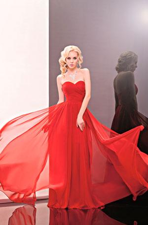 Платья свадебные красное