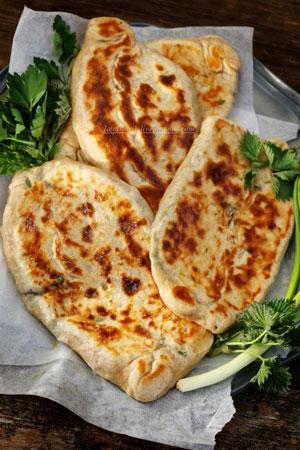 Кефирные лепёшки на сковороде – кулинарный рецепт