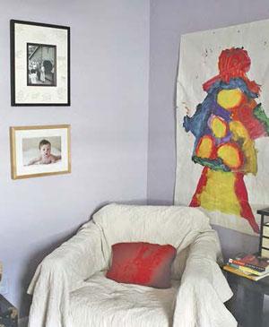 Где развесить рисунки детей