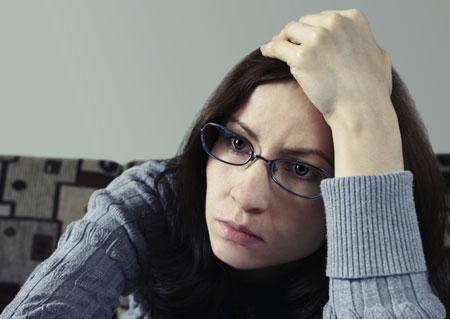 Жизнь с мужчинами, гормоны и еще 4 причины для депрессии у женщин