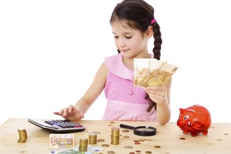 Как давать детям карманные деньги