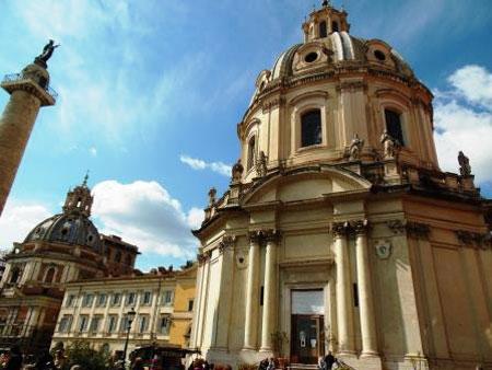 Комната в Риме и прогулки по Вечному городу: Колизей, Форум, Ватикан