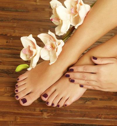 Ногти на ногах и на руках: летний маникюр и модный педикюр