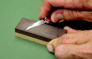 Заточка ножей и приемы резьбы по дереву