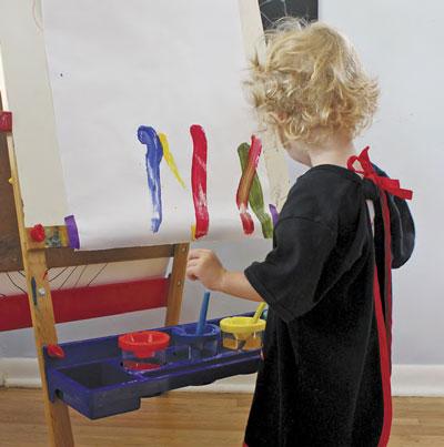 В чем рисовать ребенку