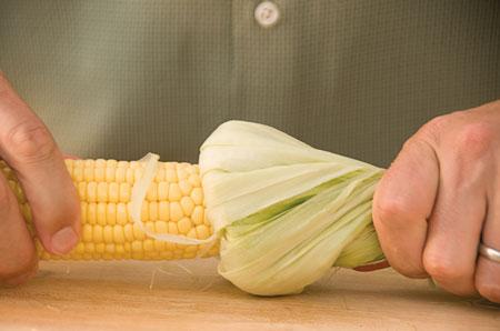 Овощи на гриле - кукурузные початки