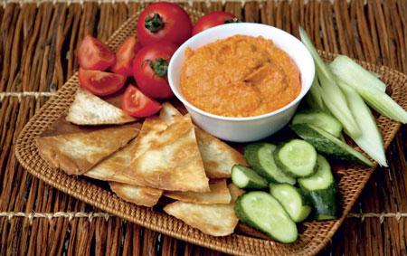 Соус из запеченного перца и сыра