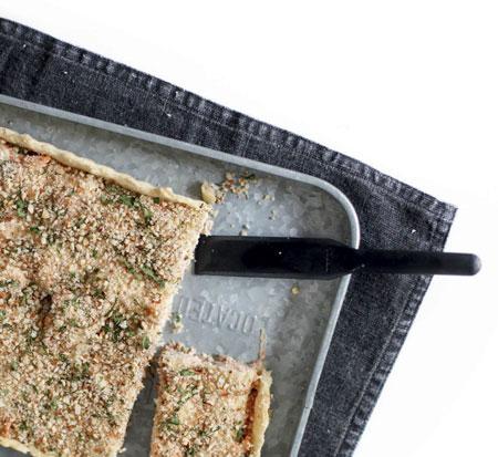 Рыбный пирог с соусом бешамель