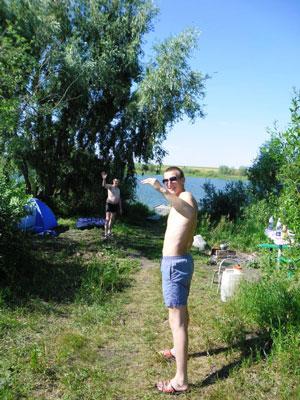 Купание и рыбалка на базе отдыха