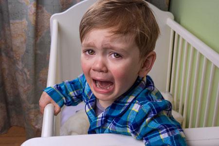 Как реагировать на крик ребенка