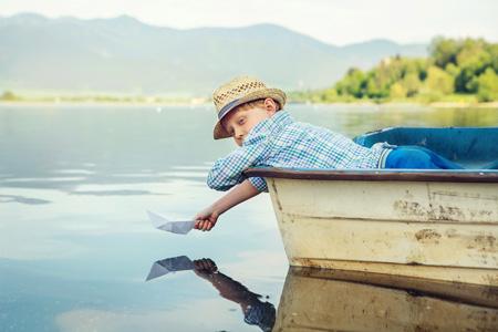 Прогулка на лодке с детьми