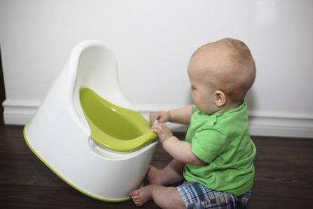 Как понять, что ребенок готов пользоваться туалетом