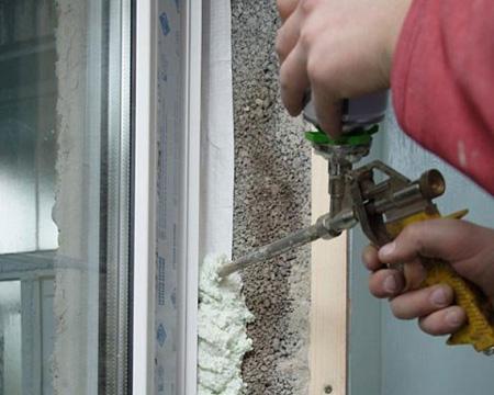 Уак утеплить дверь - монтажная пена