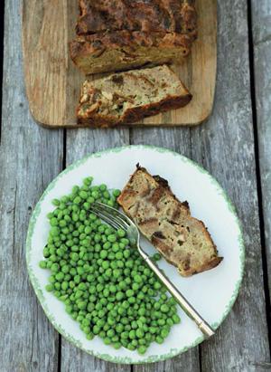 Рецепт - пудинг с черных хлебом и беконом;
