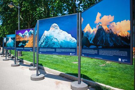 Выставка в парке Ретиро