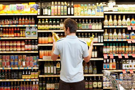 Покупки в супермаркете: с корзиной или с тележкой