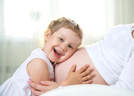 Сколько отдыхать после родов маме и новорожденному