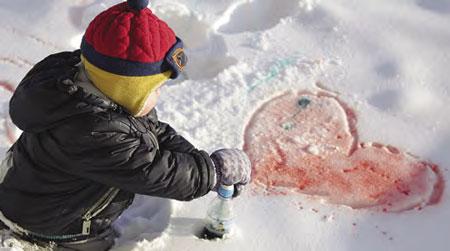 Как рисовать с ребенком на снегу