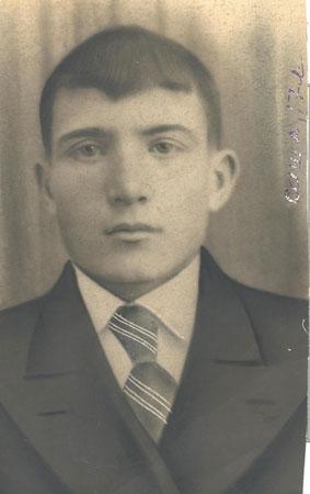 Александр Шатилов, 17 лет