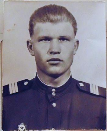 Самсонов Виктор Петрович
