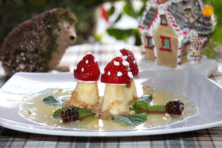 Детские рецепты - грибочки из клубники