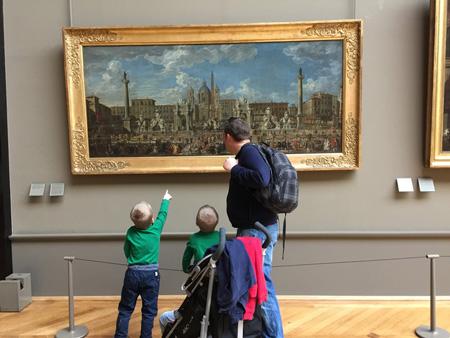В Лувре с детьми