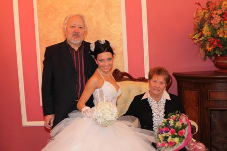 Дарья, отец и мать