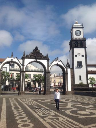 Врата города, Понта-Делгада