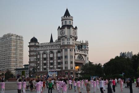 Китайцы помешаны на коллективной зарядке