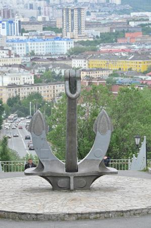 Якорь мемориала морякам, погибшим в мирное время