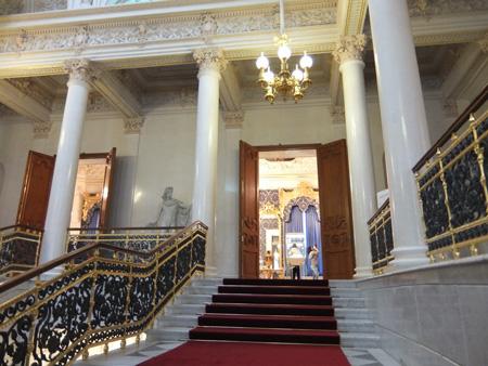 Шуваловский дворец, парадная лестница
