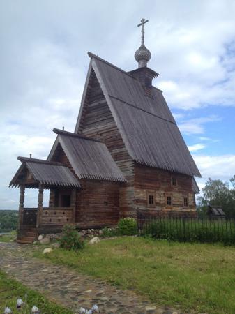Церковь из картины Над вечным покоем