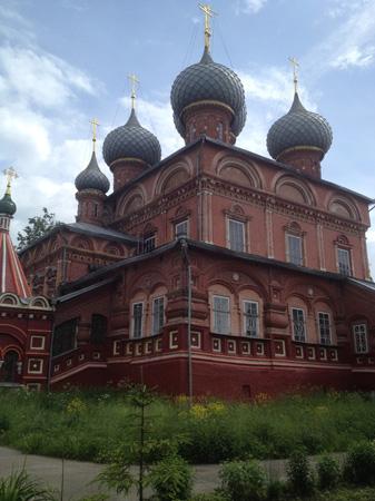 Церковь Воскресения на Дебре в Костром