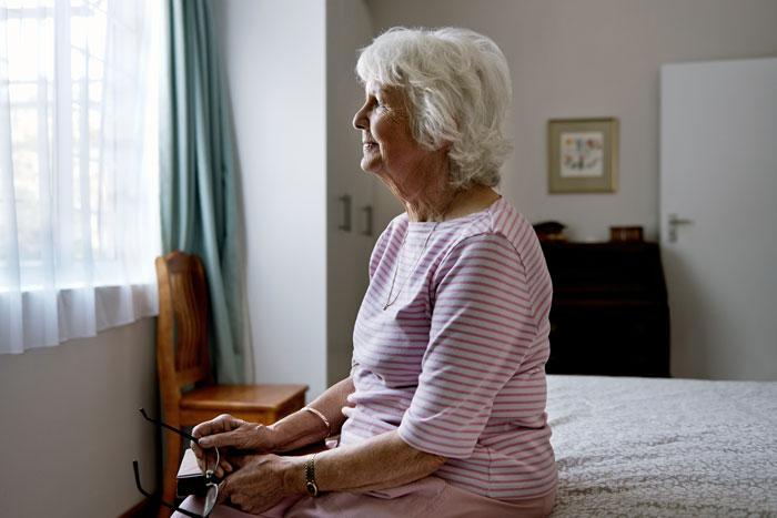 чем занять лежачего больного пожилого человека втб ипотека без первоначального взноса калькулятор