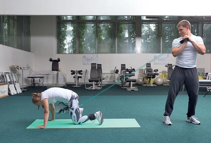 Гимнастика коленных суставов в 11 м-цев тайская медицина лечение суставов