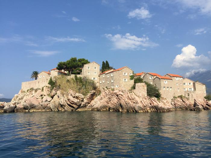 Вид с катера на Свети Стефан
