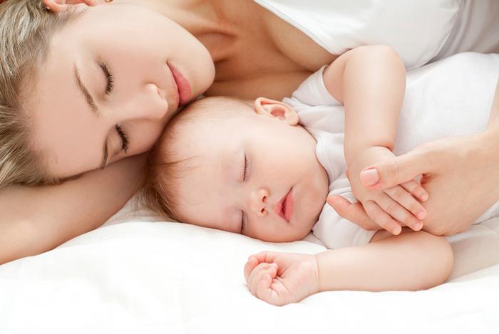 Картинки по запросу Приучить ребенка спать отдельно