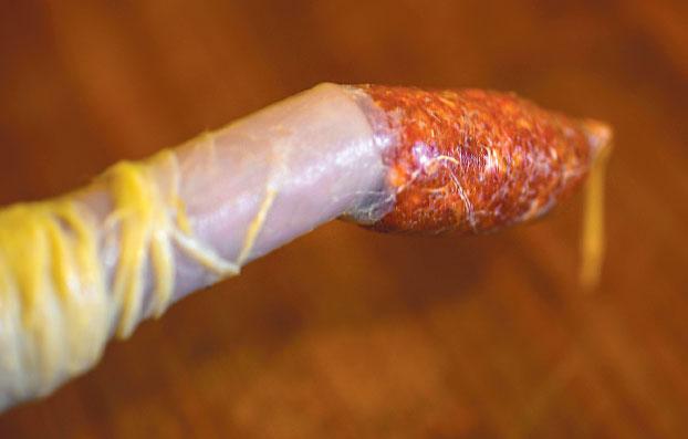 Как сделать колбасу в домашних условиях