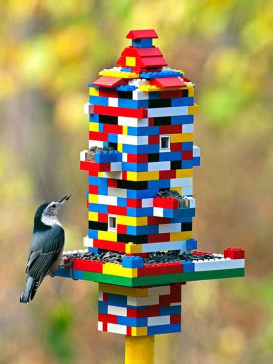 Оригинальная кормушка для птиц своими руками 553