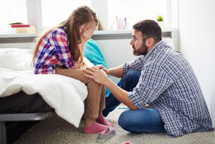 Почему мужчины боятся подростков