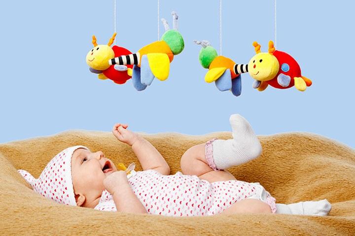 Какие игрушки и игры выбрать для ребенка до года. Первые игрушки для ... 67808eacd05