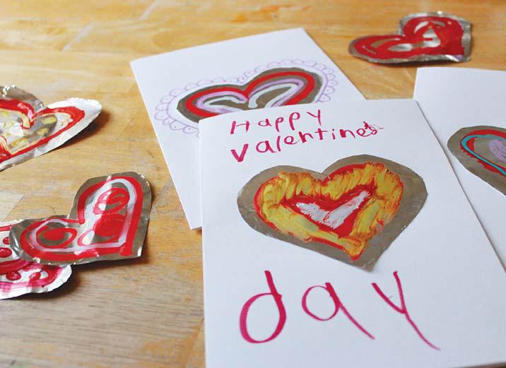 Открытки-валентинки с сердечками из фольги
