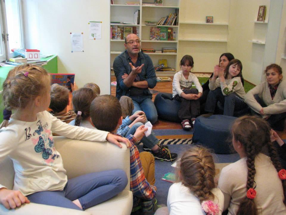 Когда учить ребенка читать