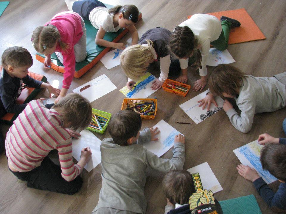 Детские книги и мультфильмы на планшете