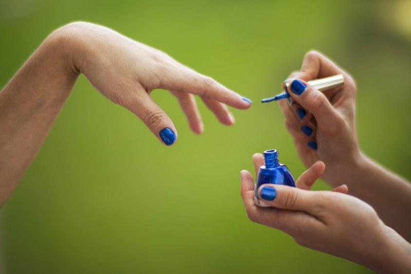 Можно ли красить ногти шеллаком при беременности