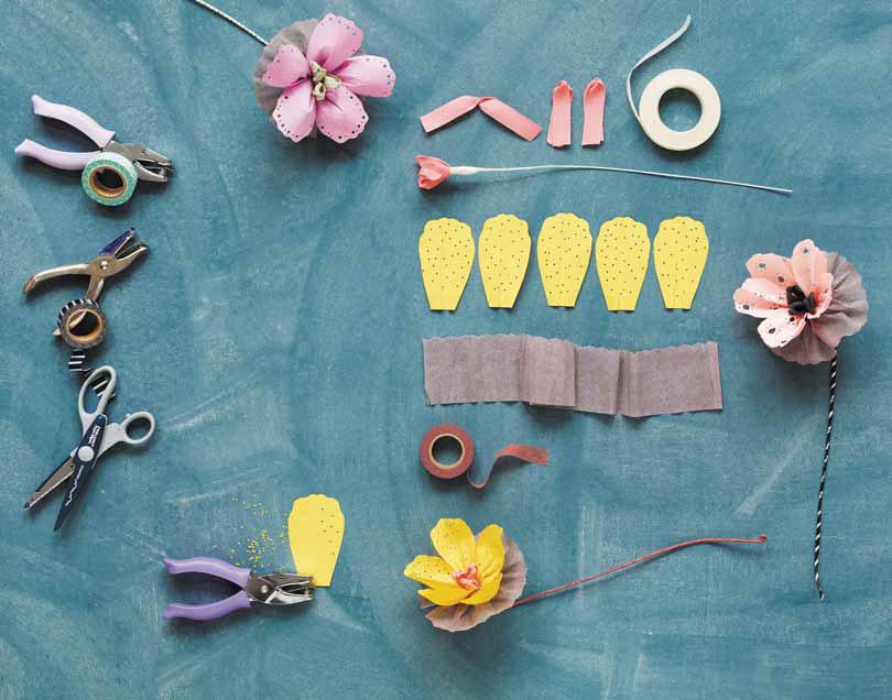 Бумажные цветы своими руками - мастер-класс