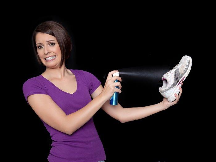 Как избавиться от запаха обуви. Неприятный запах ног и обуви 79ed4c90519