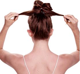 Пучок на длинные волосы с резинкой-браслетом